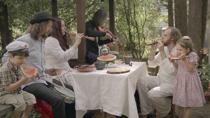 Russian post-folk group Reelroad released first video!