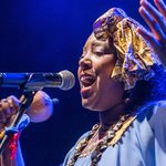 Betsayda Machado & Parranda El Clavo at WOMEX 17 by Yannis Psathas.