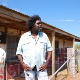 Frank Yamma at home