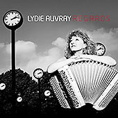 Regards - Lydie Auvray